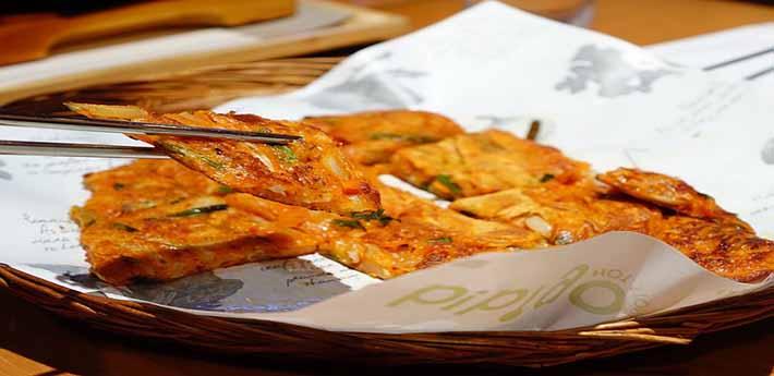 김치전과 한국 전통 음식